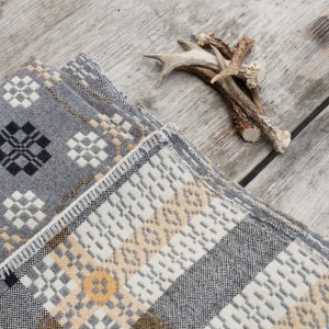 pebble grey blanket fforest