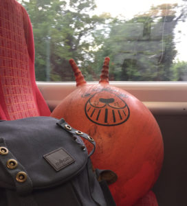 incredibusy-Millican-Backpack-train-spacehopper